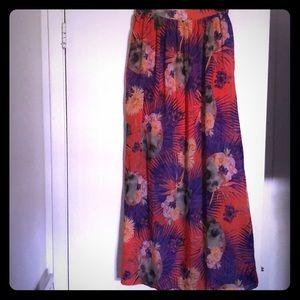 Dresses & Skirts - Tropical maxi skirt